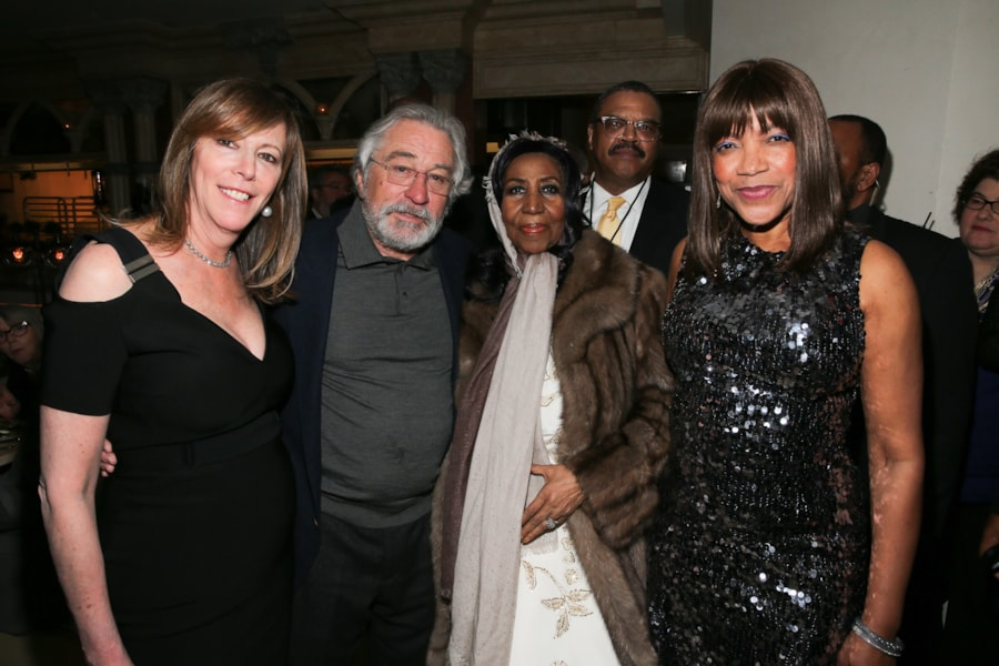 NEW YORK, NY - APRIL 19:  (L-R) Jane Rosenthal, Robert De Niro, Aretha Franklin and Grace Hightower attend the 2017 Tribeca Film Festival Opening Night Party at Tavern On The Green on April 19, 2017 in New York City.  (Photo by Rob Kim/Getty Images for Tribeca Film Festival)