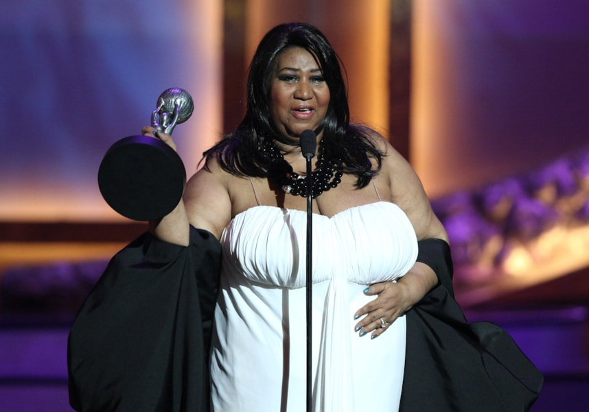 LOS ANGELES, CA - FEBRUARY 14:  Singer Aretha Franklin accepts the Vanguard Award onstage during the 39th NAACP Image Awards held at the Shrine Auditorium on February 14, 2008 in Los Angeles, California.  (Photo by Jesse Grant/Getty Images)