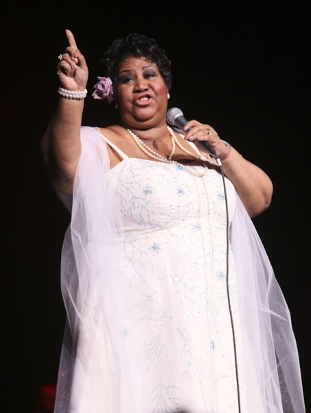 NEW YORK - MARCH 21:  Singer Aretha Franklin performs at Radio City Music Hall on March 21, 2008 in New York City.  (Photo by Andrew H. Walker/Getty Images)