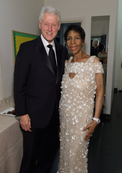 NEW YORK, NY - NOVEMBER 07:  President Bill Clinton and Aretha Franklin attend the Elton John AIDS Foundation Commemorates Its 25th Year And Honors Founder Sir Elton John During New York Fall Gala at Cathedral of St. John the Divine on November 7, 2017 in New York City.  (Photo by Jamie McCarthy/Getty Images)