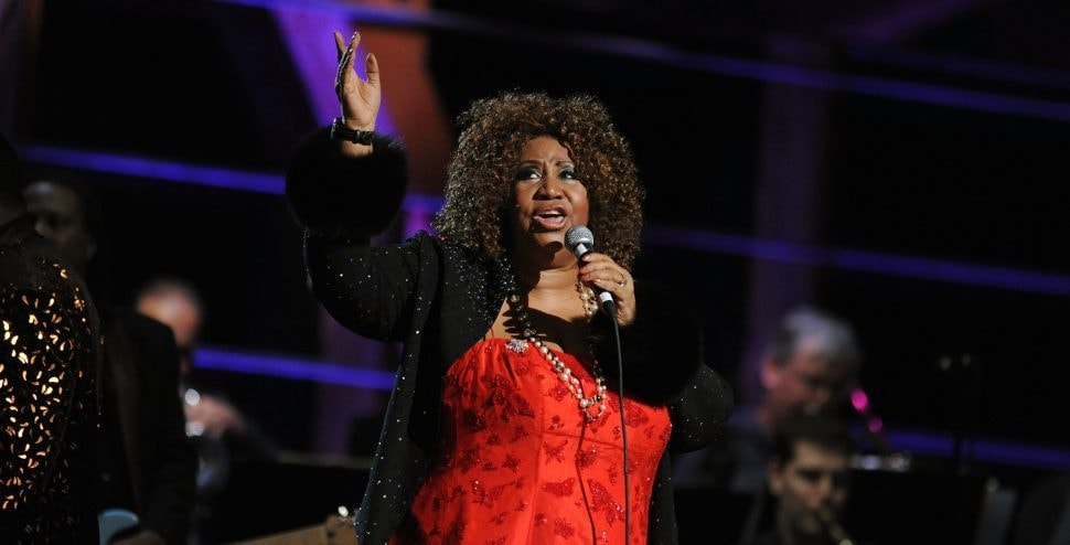 NEW YORK - OCTOBER 30:  Aretha Franklin performs onstage at the 25th Anniversary Rock & Roll Hall of Fame Concert at Madison Square Garden on October 30, 2009 in New York City.  (Photo by Stephen Lovekin/Getty Images)
