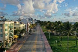 GALLERY: Cities That Look Deserted Because Of Coronavirus