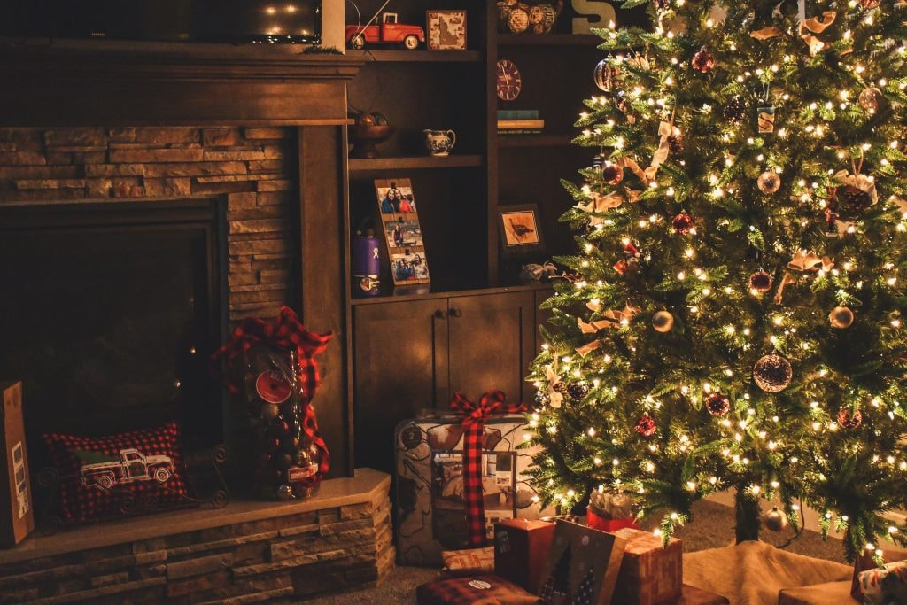 104.7 Charlotte Christmas Music 2020 Christmas In July Is Happening On Hallmark